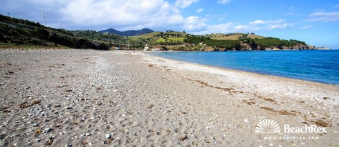 Spain - Comarques gironines -  Colera - Beach de Garbet