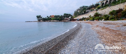 Italy - Liguria -  Grimaldi - Beach Beniamin