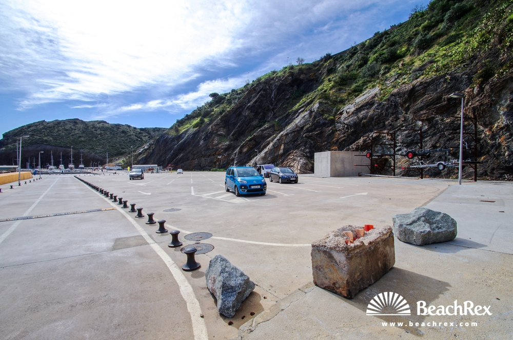 Spain - Comarques gironines -  Portbou - Beach Portbou