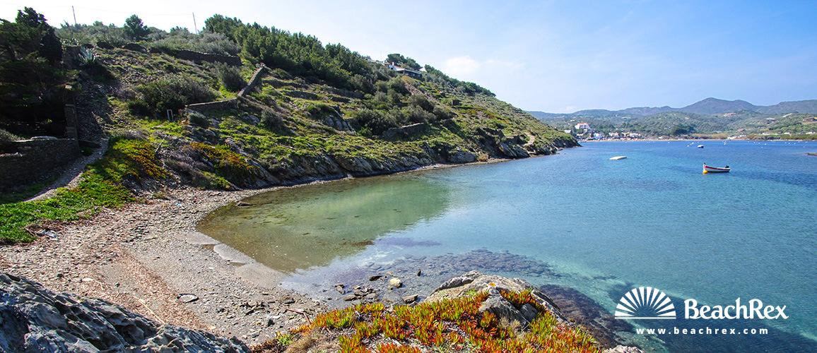 Spain - Comarques gironines -  Cadaqués - Beach des Calders