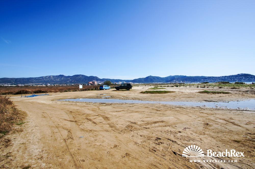 Spain - Comarques gironines -  Empuriabrava - Beach de la Rubina