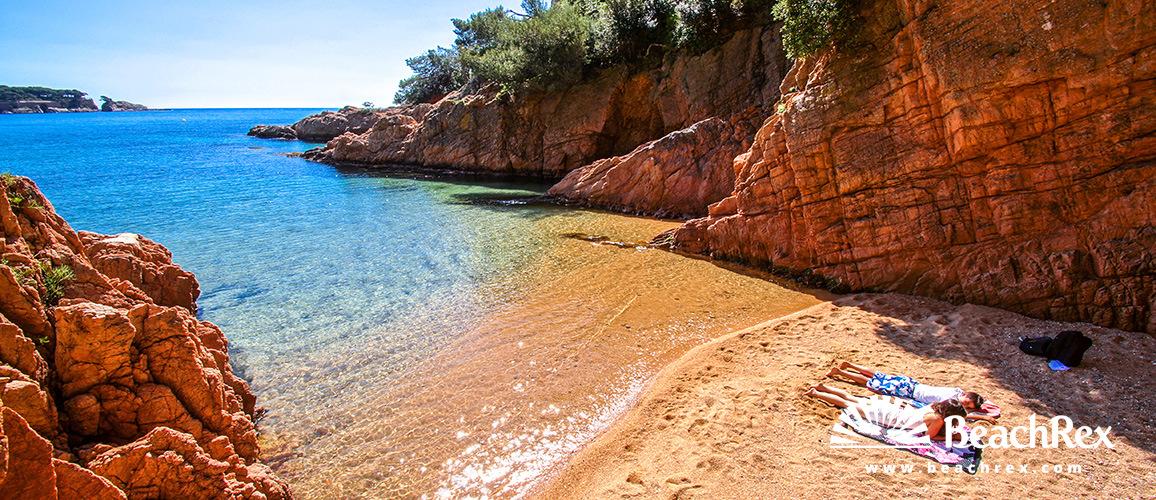 Spain - Comarques gironines -  Sant Feliu de Guíxols - Beach Maset