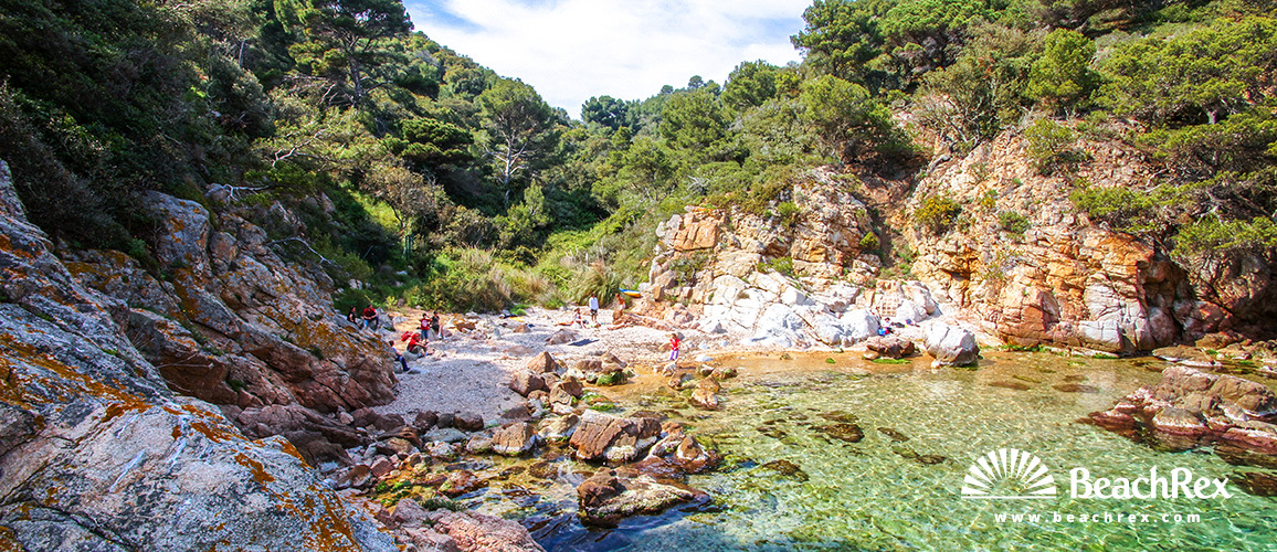 Spain - Comarques gironines -  Tossa de Mar - Beach Morisca