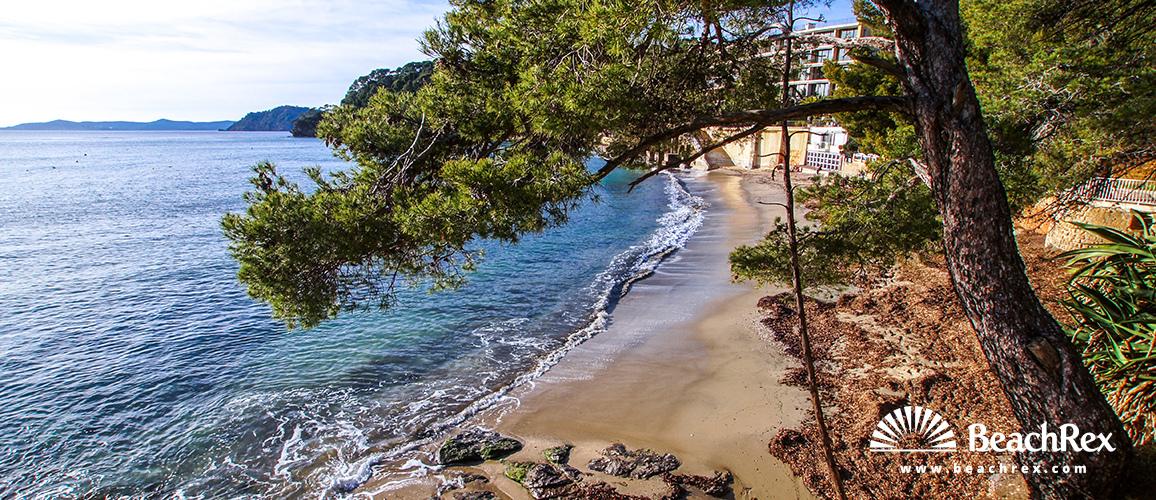 France - Var -  Rayol-Canadel-sur-Mer - Beach de Rayol est