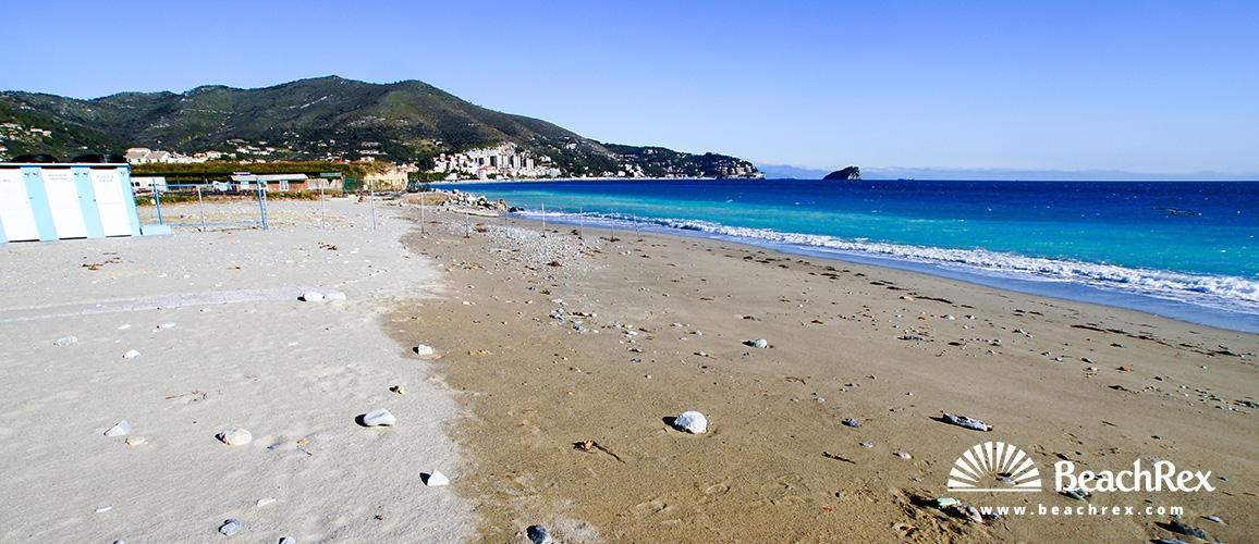 Italy - Liguria -  Spotorno - Beach Chiariventi