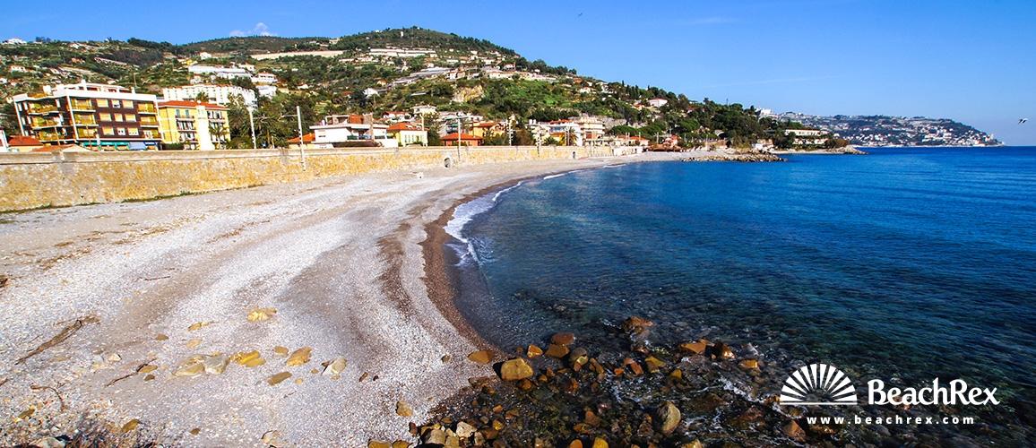 Italy - Liguria -  Bordighera - Beach Lunassa