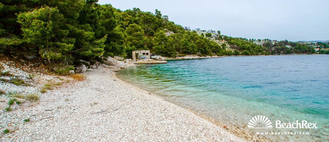 Hrvatska - Dalmacija  Split - Otok Brač -  Sutivan - Plaža Vedrana