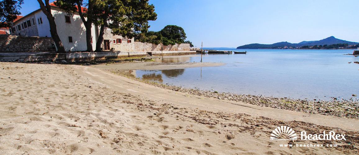 Hrvaška - Dalmacija  Zadar - Otok Ugljan -  Ugljan - Plaža Mostir