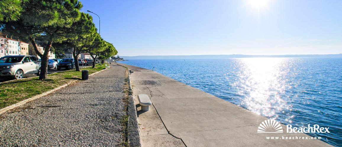 Slovenia - Obalno kraška -  Piran - Beach Fornače