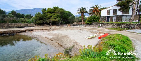Spain - Comarques gironines -  Cadaqués - Beach de sa Confitera