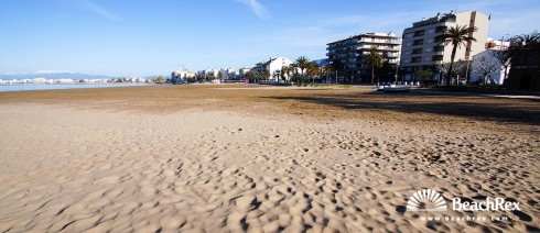 Spain - Comarques gironines -  Roses - Beach de la Punta