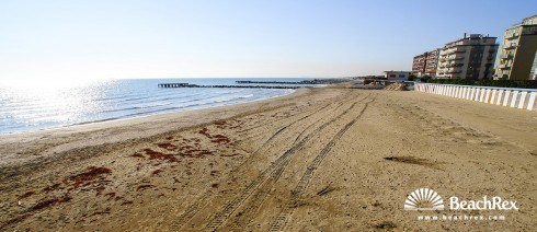 Italy - Veneto - island Lido -  Lido - Beach Marconi