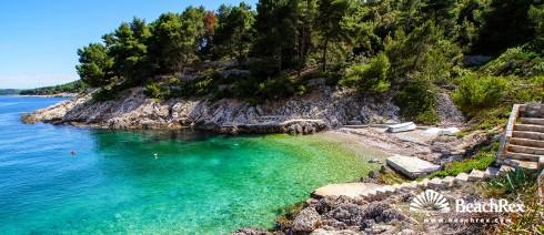 Hrvatska - Dalmacija  Split - Otok Šolta -  Stomorska - Plaža Karaka