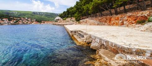 Croatia - Dalmatia  Split - Island Hvar -  Jelsa - Beach Fontana