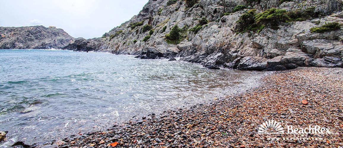 Spain - Comarques gironines -  Cadaqués - Beach Gentil