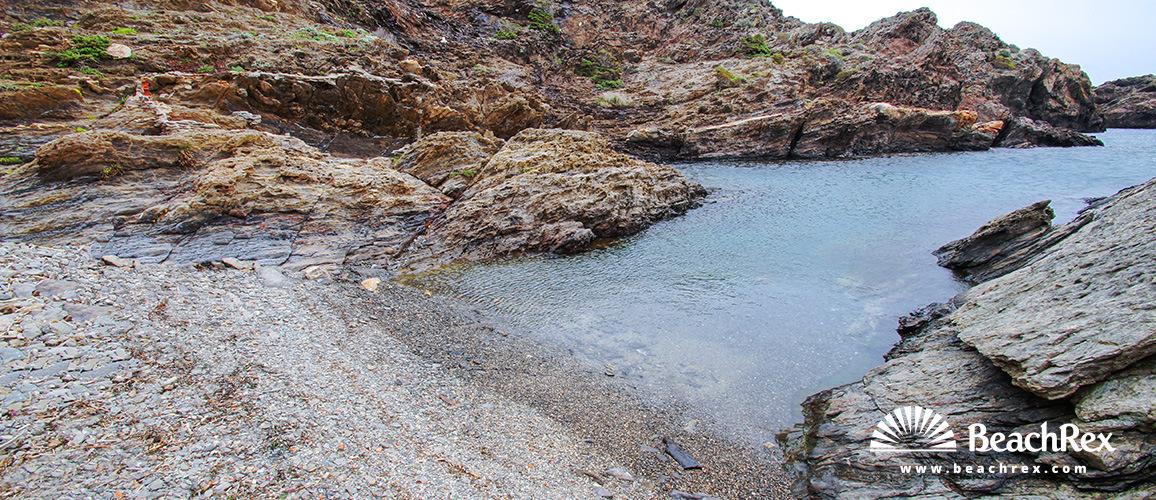 Spain - Comarques gironines -  Cadaqués - Beach Fredosa