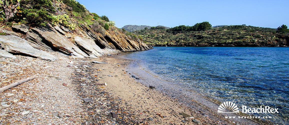 Spain - Comarques gironines -  Cadaqués - Beach Morell