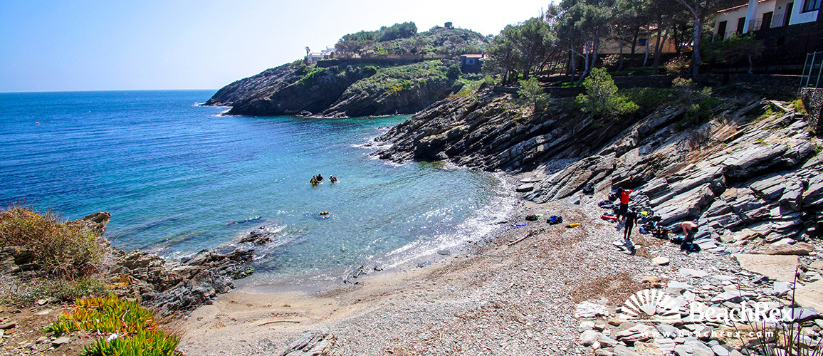 Spain - Comarques gironines -  Cadaqués - Beach S'Alquiera petita