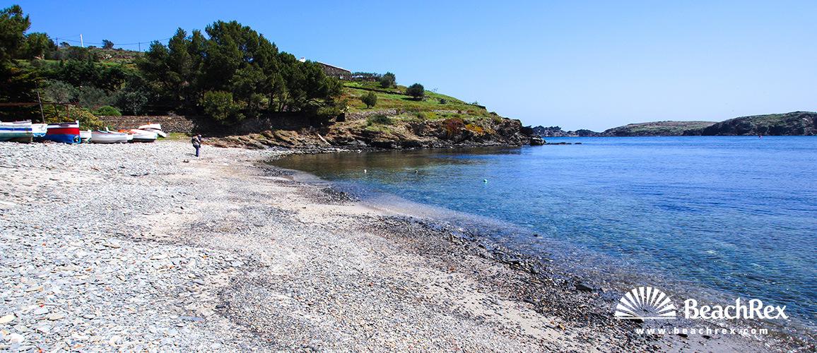 Spain - Comarques gironines -  Cadaqués - Beach Chincheta