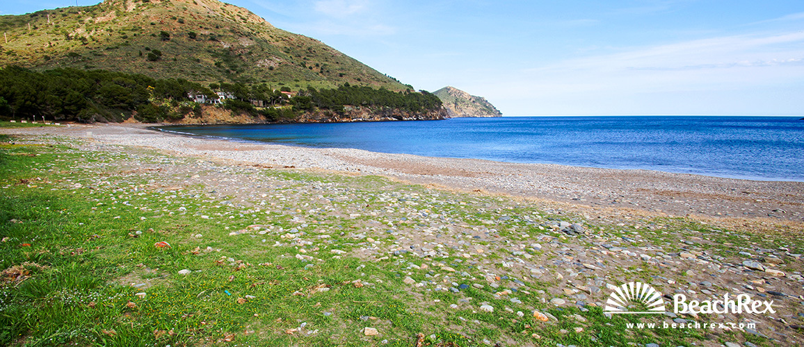 Spain - Comarques gironines -  Roses - Beach de Montjoi