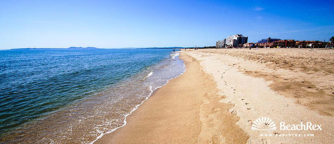 Spain - Comarques gironines -  Empuriabrava - Beach d'Empuriabrava