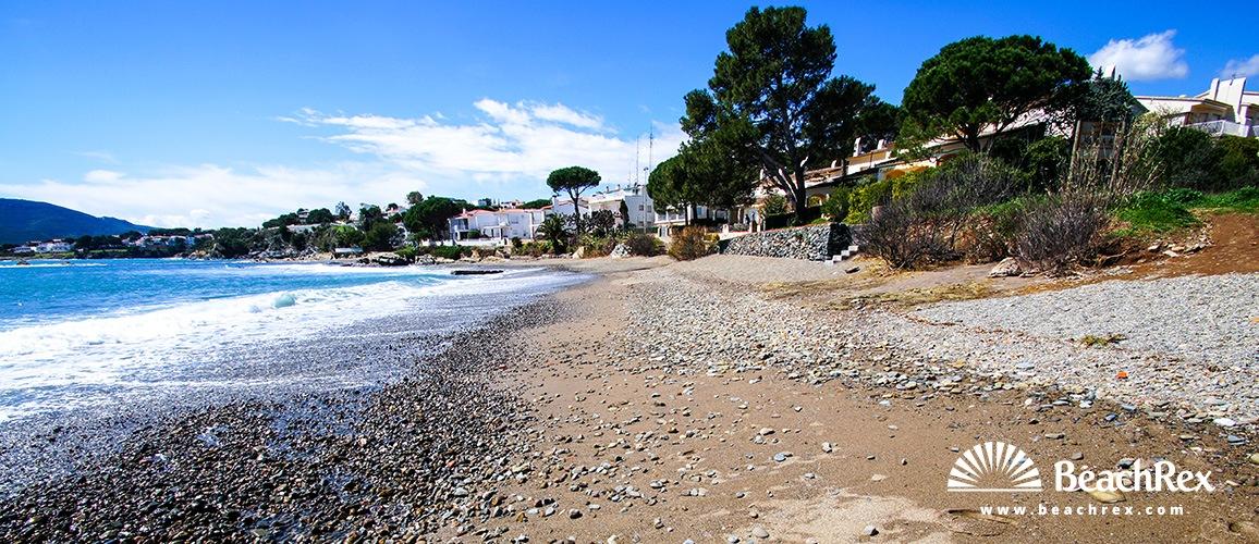 Spain - Comarques gironines -  Llanca - Beach Canyelles