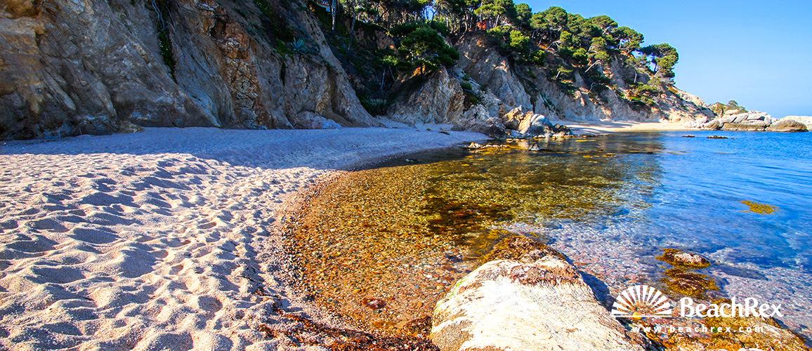 Spain - Comarques gironines -  Palamós - Beach de Roca Bona