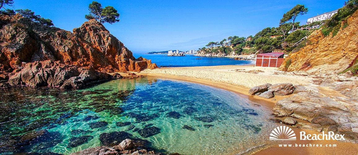 Spain - Comarques gironines -  Calonge - Beach Cap Roig Ampollau