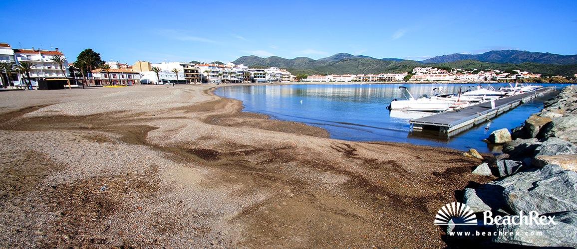 Spain - Comarques gironines -  Llanca - Beach del Port