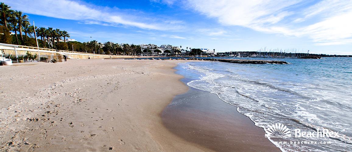France - AlpesMaritimes -  Cannes - Beach Bijou