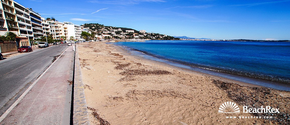 France - AlpesMaritimes -  Cannes - Beach Gazagnaire