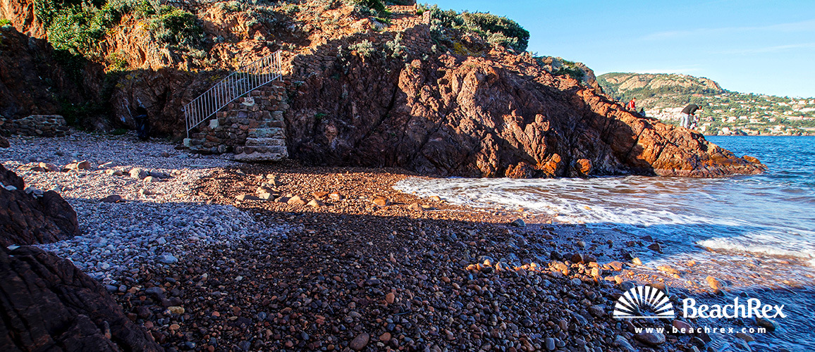 France - AlpesMaritimes -  Théoule-sur-Mer - Beach de Gardanne