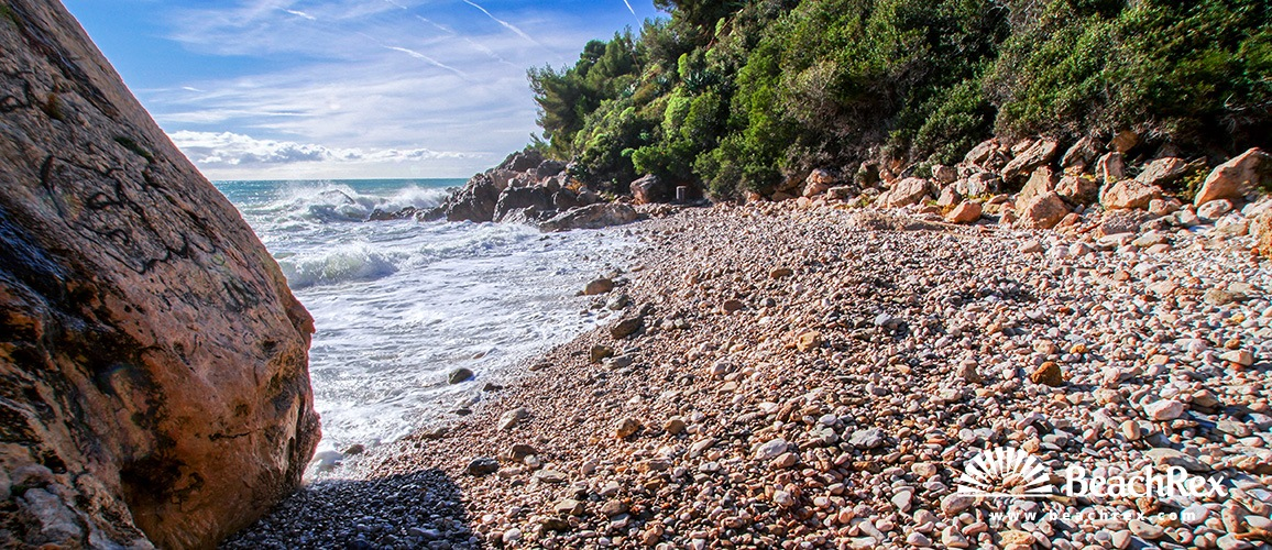 France - AlpesMaritimes -  Roquebrune-Cap-Martin - Beach Rocher