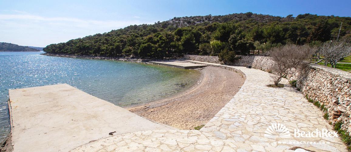 Croatia - Dalmatia  Šibenik -  Tisno - Beach Hostin