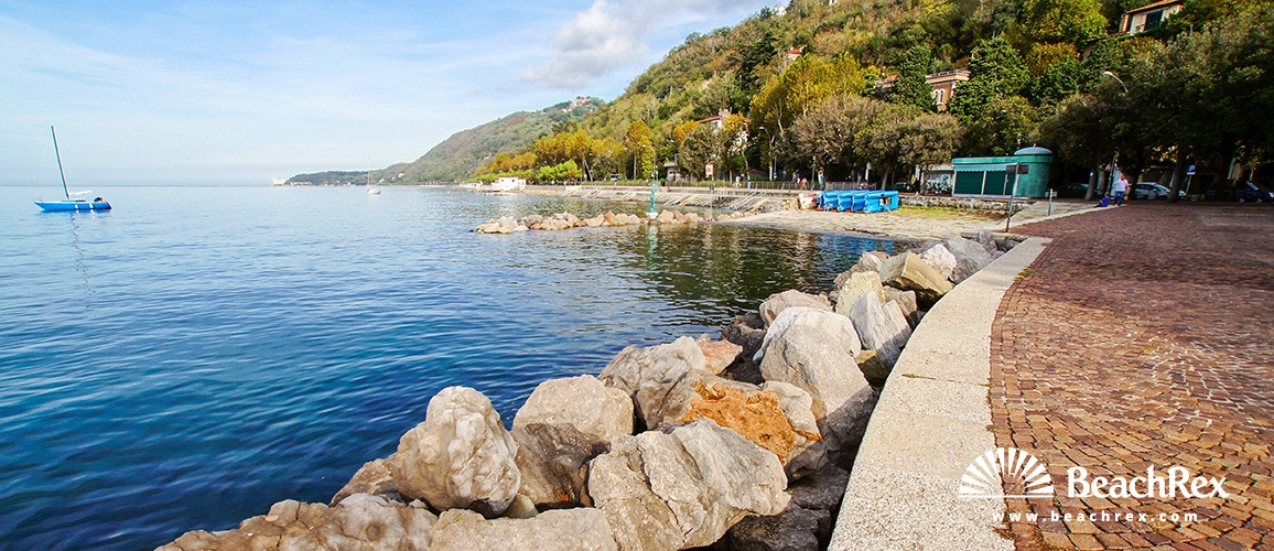 Italy - FriuliVenezia Giulia -  Trieste - Beach Barcola