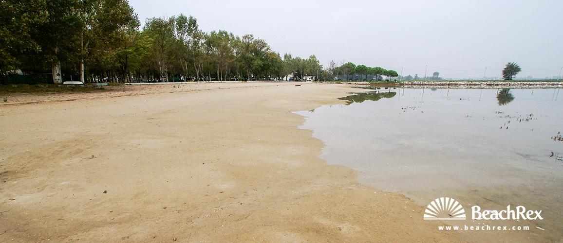 Italy Friulivenezia Giulia Grado Beach Volpera
