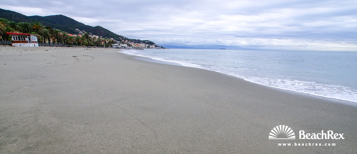Strand Viale Paolo Cappa - Varazze - Liguria - Italien ...