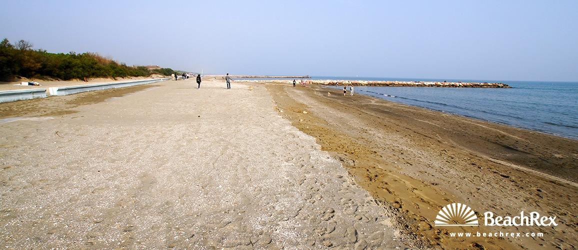 Italy - Veneto -  Eraclea Mare - Beach Eraclea