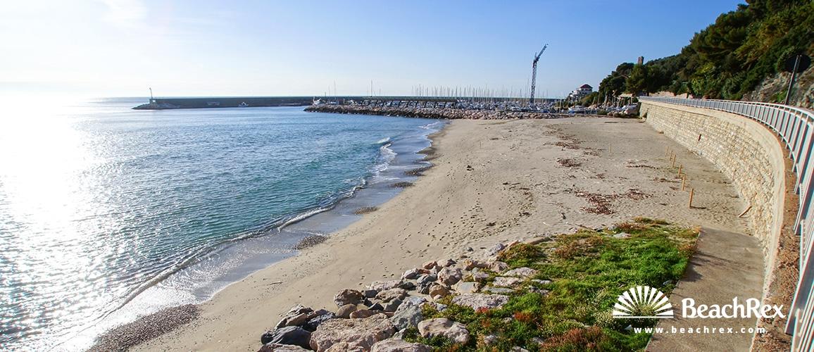 Italy - Liguria -  Finale Ligure - Beach Golfo