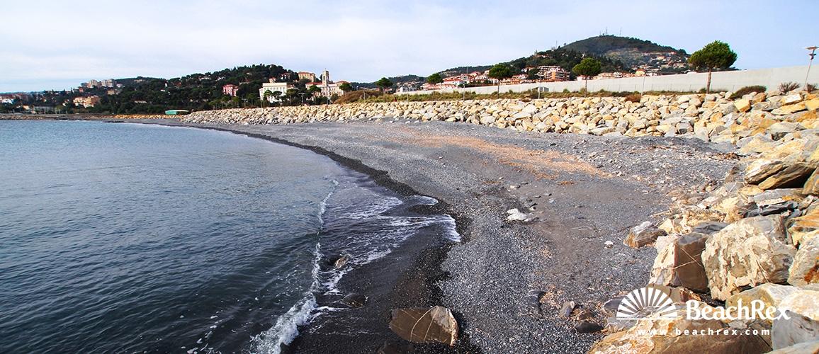 Italy - Liguria -  Imperia - Beach Parco Urbano