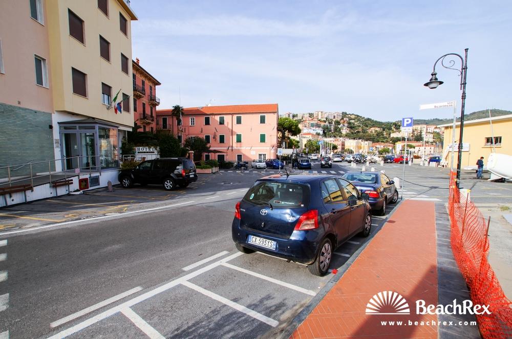 Italy - Liguria -  Imperia - Beach Porto Maurizio