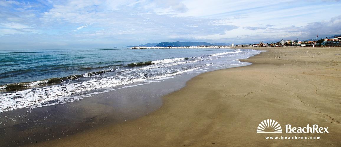 Italy - Toscana -  Massa - Beach Marina di Massa