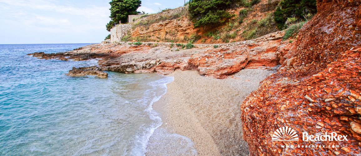 Hrvatska - Dalmacija  Split - Otok Hvar -  Zavala - Plaža Molva