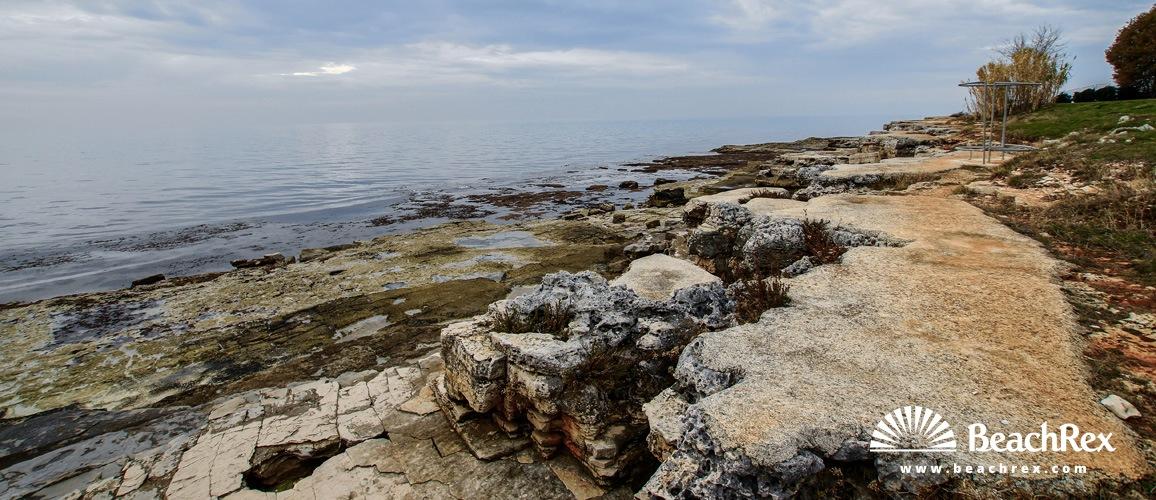 Croatia - Istra -  Novigrad - Beach Lokvina