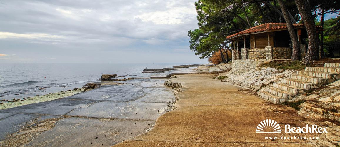 Croatia - Istra -  Novigrad - Beach Kastanija