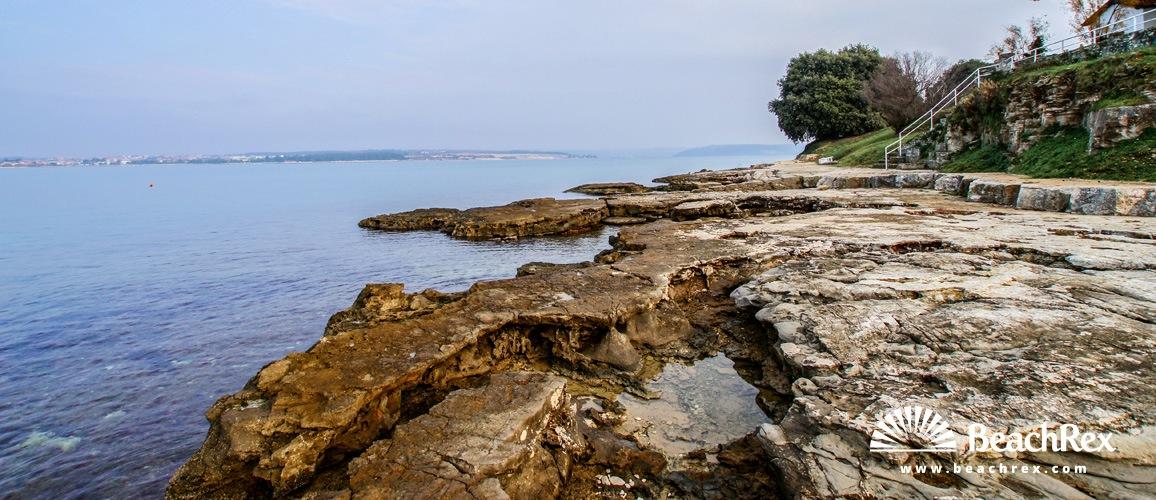Croatia - Istra -  Novigrad - Beach Lanterna