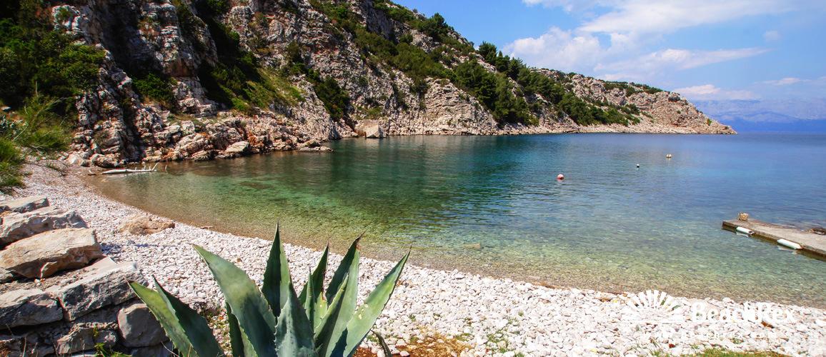 Hrvaška - Dalmacija  Split - Otok Hvar -  Zastražišće - Plaža Kruševa
