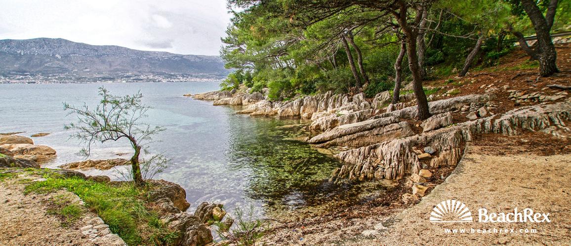 Croatia - Dalmatia  Split -  Split - Beach Lubinski Porat