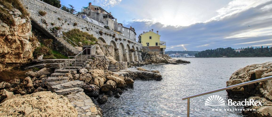Croatia - Istra -  Rovinj - Beach Baluota