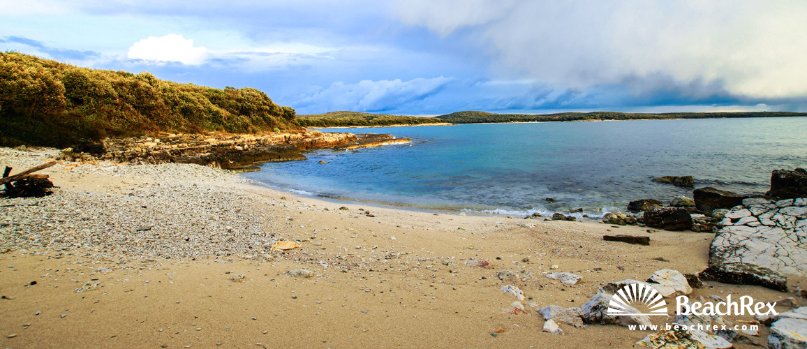 Croatia - Istra -  Rovinj - Beach Pisulj